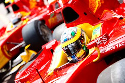 GP2 Series: Lucas pensa em estratégia para corrida