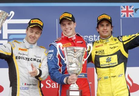 GP2 Series: Luiz Razia vence e consolida liderança do campeonato