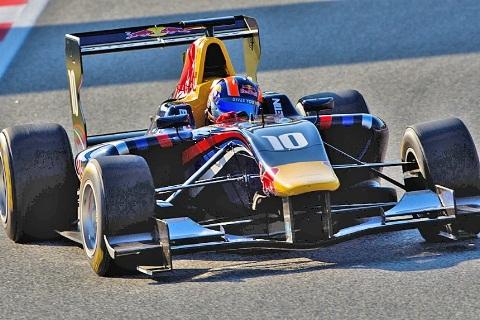 GP3 Series: Alex Lynn vence a prova de abertura em Barcelona