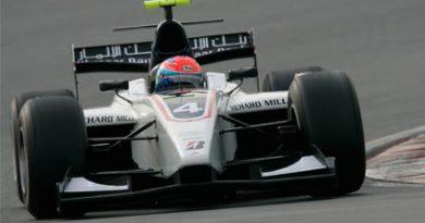 GP2 Asiática: Romain Grosjean é o mais rápido no primeiro teste em Dubai