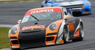 GT3 Brasil: Feldmann sobe ao pódio, após fim de semana difícil para equipe Porsche