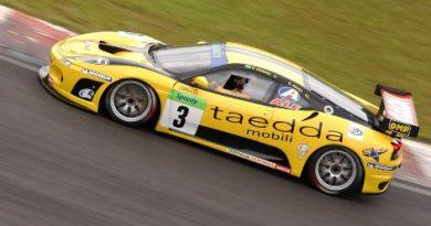 """GT3 Brasil: Ricci é quinto lugar em """"corridão"""""""