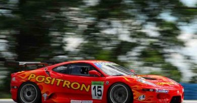 GT3 Brasil: Supercarros esportivos andam no limite em Interlagos