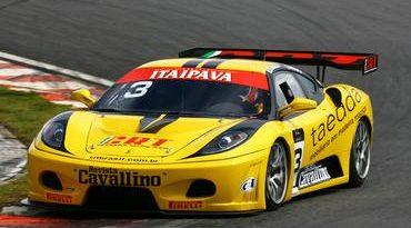 GT3 Brasil: Chuva atrapalha treino livre da GT3 em Curitiba
