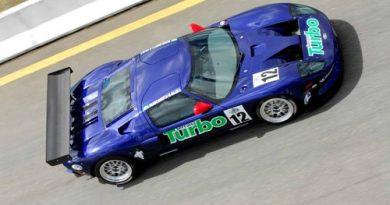 GT3 Brasil: Estreante Ford GT mostra força em Curitiba