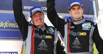GT3 Brasil: Leo Burti e Elias Jr. subiram no pódio mais uma vez