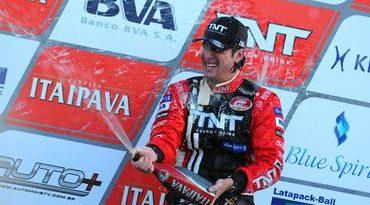 GT Brasil: Pedro Queirolo vence primeira corrida de rua da história do Itaipava GT Brasil
