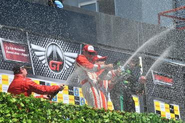 GT Brasil: Wagner Ebrahim e Felipe Tozzo vencem corrida em Buenos Aires