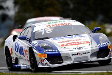 GT Brasil: Cristiano Federico e Caio Lara vencem prova GT4 em Pinhais