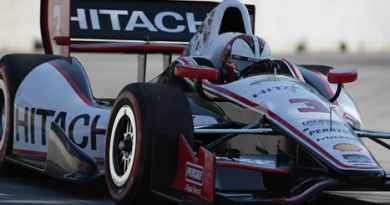 IndyCar: Helio Castroneves marca a pole para a primeira prova em Detroit