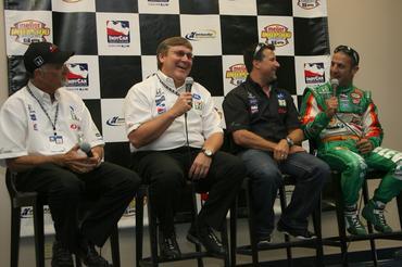 IndyCar: Tony Kanaan completa neste sábado a 95a corrida com a Andretti Green