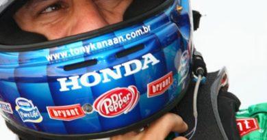 IndyCar: Kanaan supera dores e conquista a terceira colocação