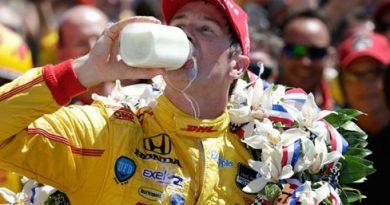 Indy500: Na volta final, Ryan Hunter-Reay vence as 500 Milhas de Indianápolis