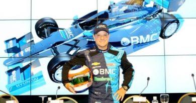 F1: Rubens Barrichello nega conversa com Caterham