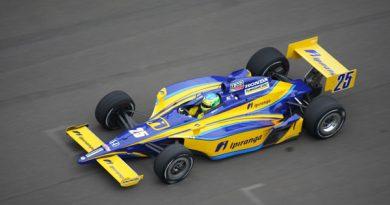 Indy: Ana Beatriz foi a estreante mais rápida no treino desta quarta-feira