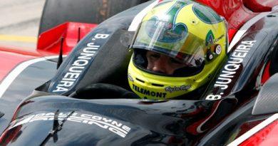 IndyCar: Bruno Junqueira treina em duas pistas que vão receber a IRL e consegue avançar no acerto do carro para ganhar velocidade