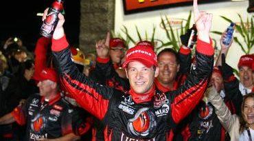 IndyCar: Marco Andretti vence em Iowa