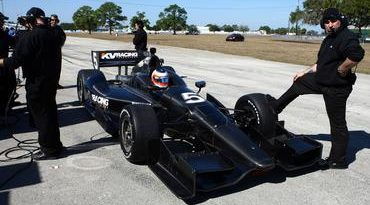 "IndyCar: ""Torcendo para não quebrar nada"", Barrichello inicia testes na Indy"