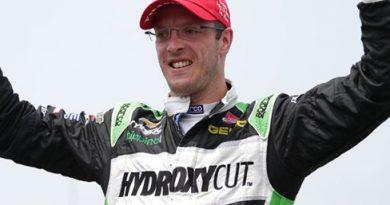 IndyCar: Sébastien Bourdais vence primeira prova em Toronto
