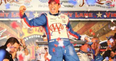 IndyCar: Helio Castroneves vence no Texas
