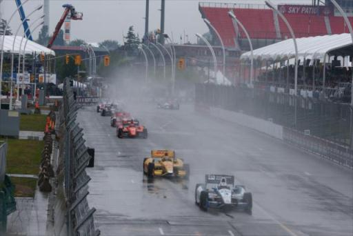 IndyCar: Chuva adia primeira prova em Toronto