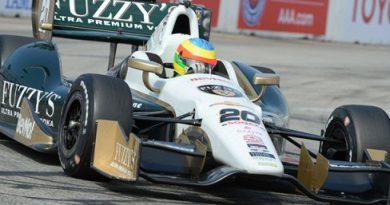 IndyCar: Mike Conway vence GP de Long Beach