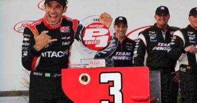 IndyCar: Helio Castroneves marca a pole em Iowa. Mas larga apenas na 11ª posição