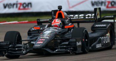 IndyCar: Em prova repleta de acidentes, James Hinchcliffe vence no Nola Motorsports Park