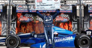 IndyCar: Alex Tagliani marca a pole no Texas