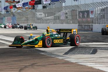 IndyCar: Tony Kanaan conquista o 3º lugar em St Petersburg