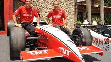 IndyCar: Helio Castroneves e Tony Kanaan completam 15 anos de automobilismo nos EUA