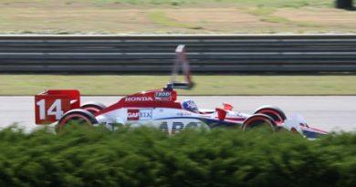 IndyCar: Necessidade de escolha deixa Meira em 20º no grid