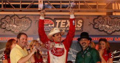 IndyCar: Justin Wilson vence no Texas