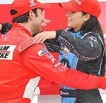 IndyCar: Danica chora e se diz aliviada com 1ª vitória feminina