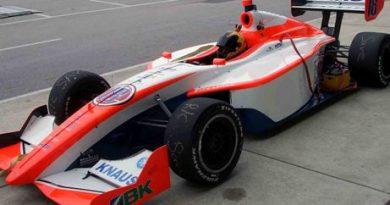 Indy Lights: James Hinchcliffe sai na pole em São Petersburgo