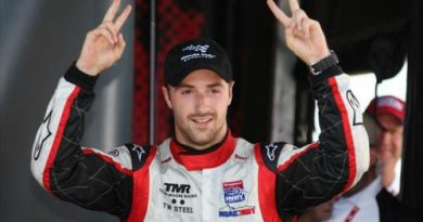 Indy Lights: James Hinchcliffe vence no Canadá