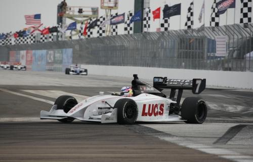 Indy Lights: Estreante vence prova de abertura