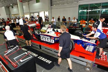 IndyCar: Carros entram na pista neste sábado