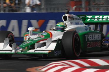 IndyCar: Vítima de acidente, Kanaan se recupera e finaliza entre os 10 primeiros em SP