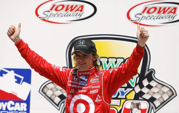 IndyCar: Dan Wheldon comemora 30 anos, vencendo o GP de Iowa