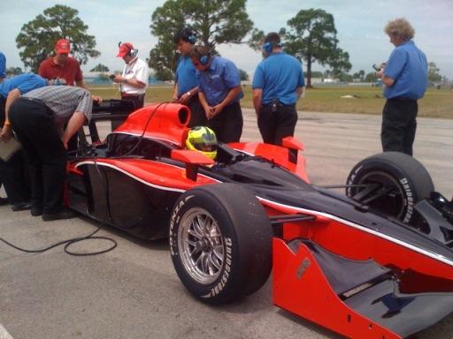 IRL: Bruno Junqueira é confirmado como piloto da Dale Coyne para a temporada da IRL e intensifica treinos para a estréia