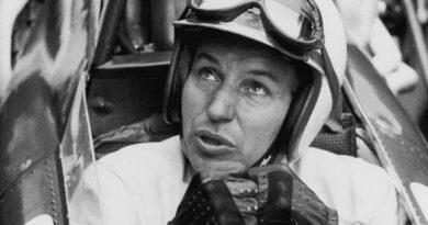 F1: John Surtees falece aos 83 anos
