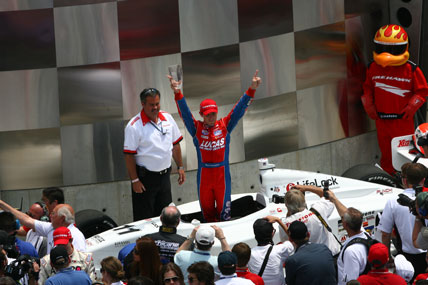 Indy Lights: Cunningham vence a Freedom 100 e Bia Figueiredo sofre acidente