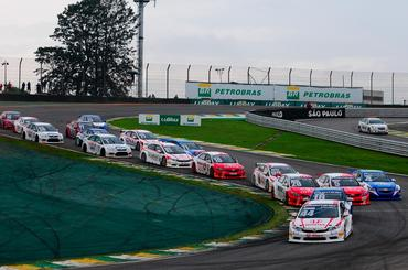 Copa Petrobras de Marcas: Ricardo Maurício leva Honda à vitória na abertura do campeonato