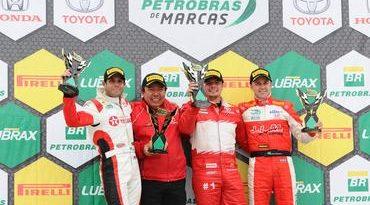 Copa Petrobras de Marcas: Thiago Marques segura adversários, vence a primeira da Toyota e faz a fest