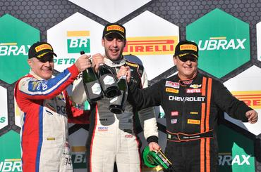 Campeonato Brasileiro de Marcas: Carlos Souza vence segunda corrida em Cascavel