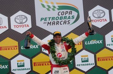 Copa Petrobras de Marcas: Londrinense, Carlos Souza vence em casa no Marcas