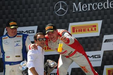 Mercedes-Benz Challenge: Felipe Massa premia vitória de Fernando Junior/Roger Sandoval