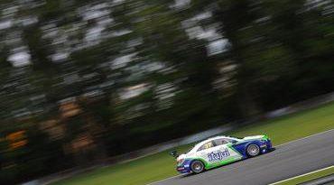 Mercedes-Benz Challenge: Cordova Motorsport e Paioli Racing dominam classificação em Curitiba