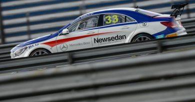 Mercedes-Benz Challenge: Rabelo e Paioli marcam as pole positions em Curitiba